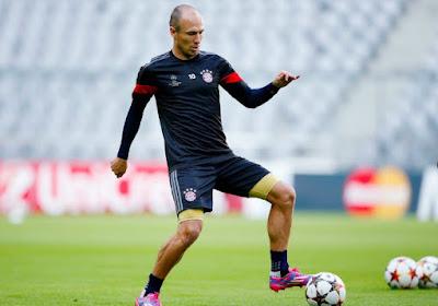 Robben chute tout seul comme un grand...