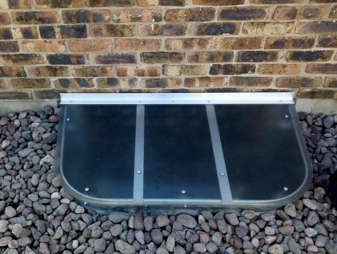 Oak Park, IL-HandyManny Custom Window Well Covers