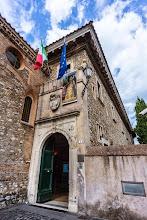 Photo: Entrance to Villa d'Este in Tivoli, Lazio, Italy