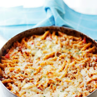 Skillet Baked Gluten Free Pasta with Ground Turkey and Tomatoes.
