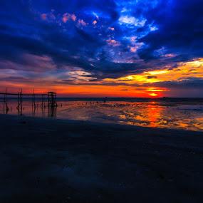 empty by Faareast Mk - Landscapes Sunsets & Sunrises ( water, beach. malaysia, pantai jeram, pump station )