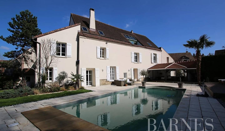 Maison Chambourcy