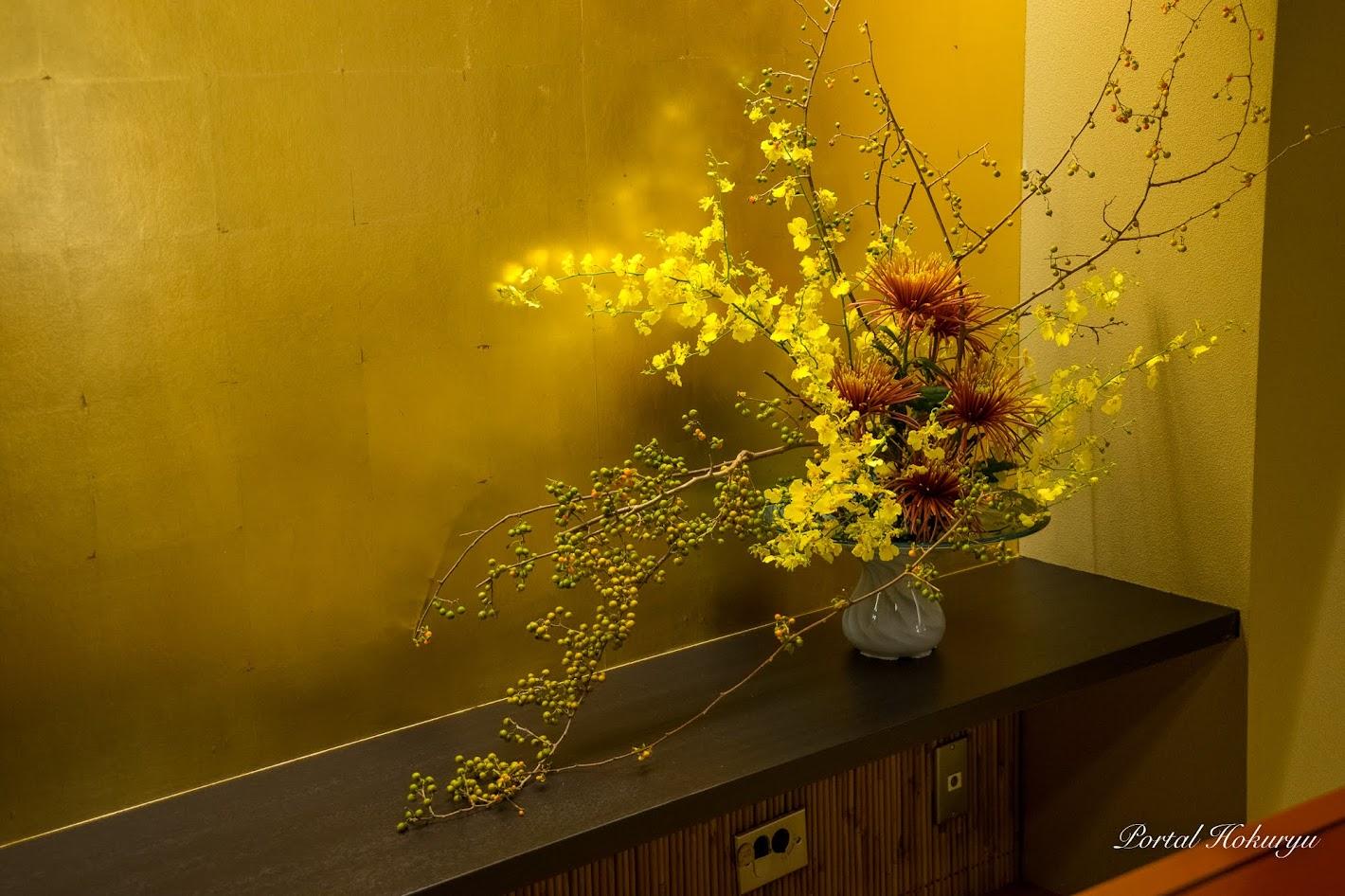 個室を飾る生花