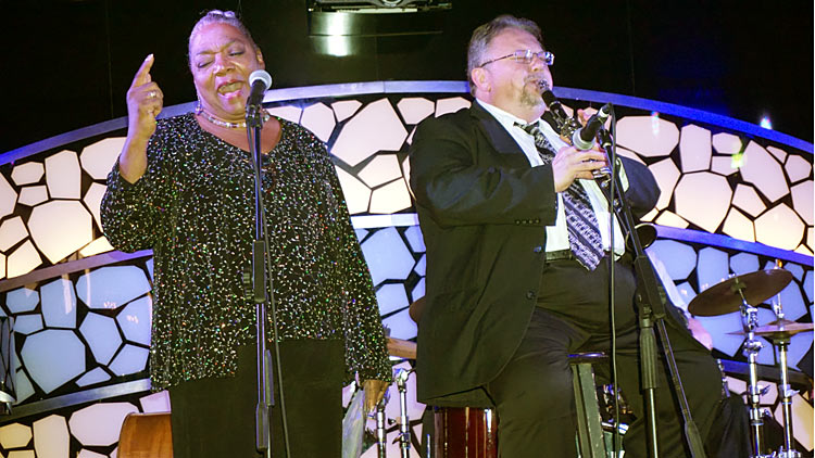 Fan favorites Yve Evans and Allan Vaché, who will be on board the next JazzFest at Sea.