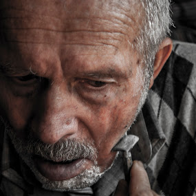 Shave by Ahmet AYDIN - People Street & Candids ( shave, dad )