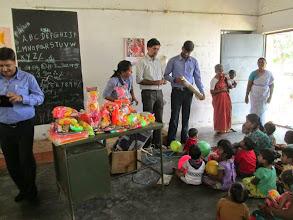 Photo: Kuppammal Chathiram Balwadi -- Jennifer, Kaushal and others from Glovis. Asha teacher Deivanayagi also seen.