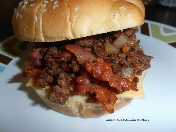 Bbq & Bacon Loose Meat Sandwich