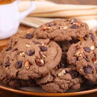 Sugar-Free Chocolate Pecan Cookies