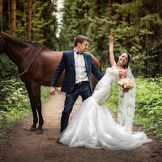 Wedding photographer Vitaliy Pestov (Qwasder). Photo of 16.01.2016