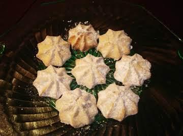 Cream Cheese-Lemon Spritz Cookies