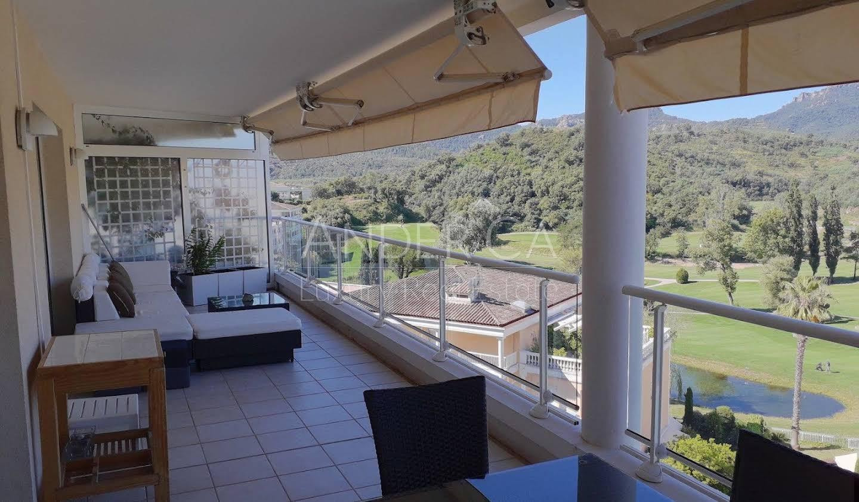 Apartment with terrace and pool Mandelieu-la-Napoule