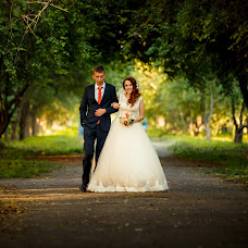 Wedding photographer Vladimir Smetana (Qudesnickkk). Photo of 07.10.2016