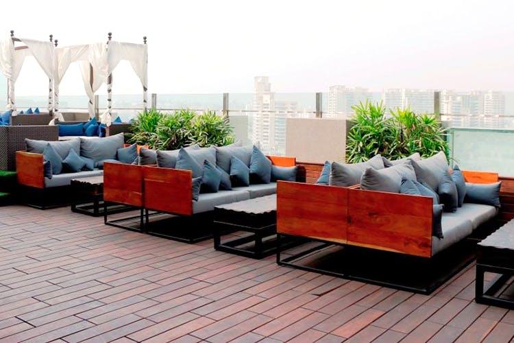 best-restaurants-gurgaon_Vibe_The_Sky_Bar.