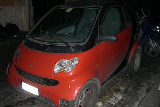 Photo: Smart car in Rome