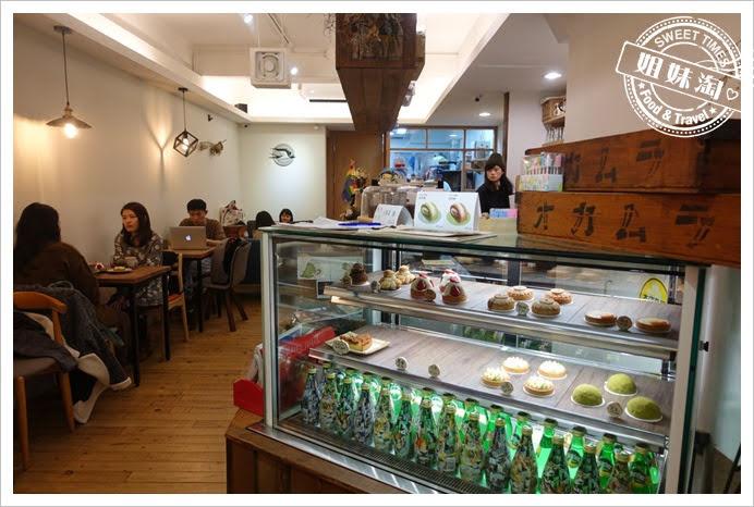 木白甜點咖啡店環境