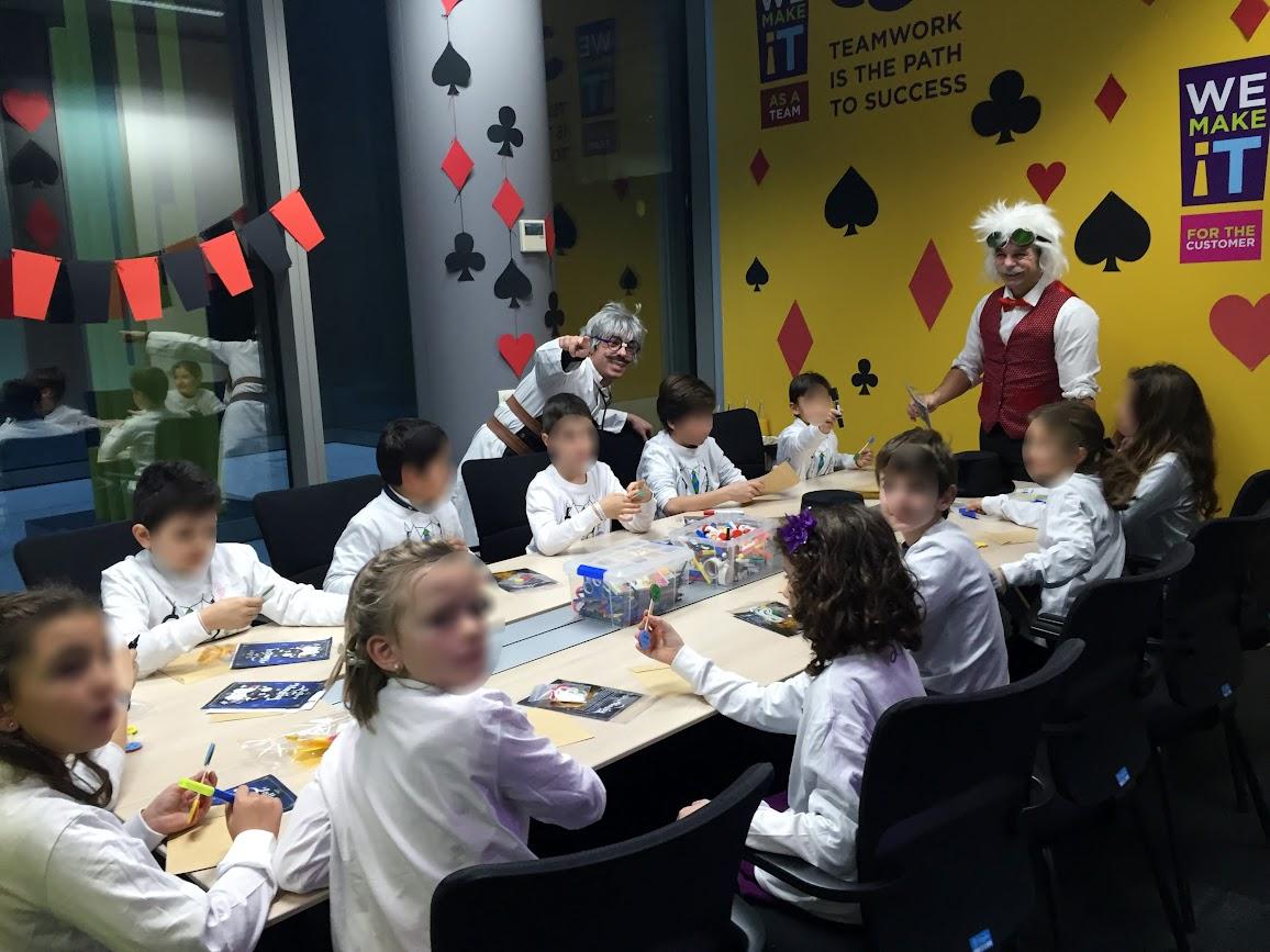 taller de magia Robin y Fran mago en madrid cigna