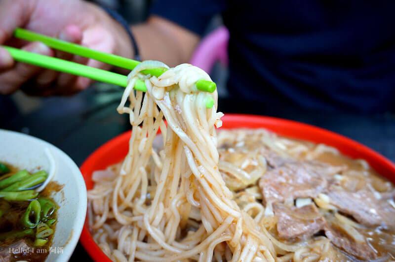 台中西區牛肉麵,百里香牛肉麵-8