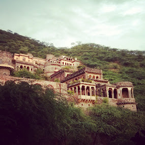 at neemrana by Abha Singhal - Landscapes Mountains & Hills ( hills, mountain, sky, beautiful, greenery, neemrana, forest, travel, fort )