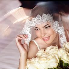 Wedding photographer Sveta Luchik (orchid2007). Photo of 10.08.2016