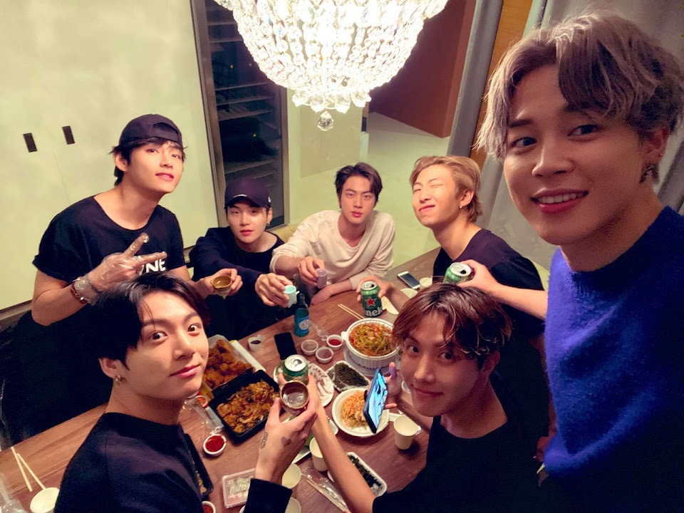 BTS-Foods-Eating-Table-Yay