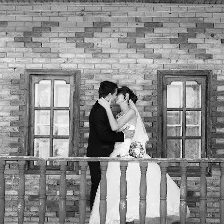 Wedding photographer Lucian Andrei (snapshots). Photo of 22.03.2018