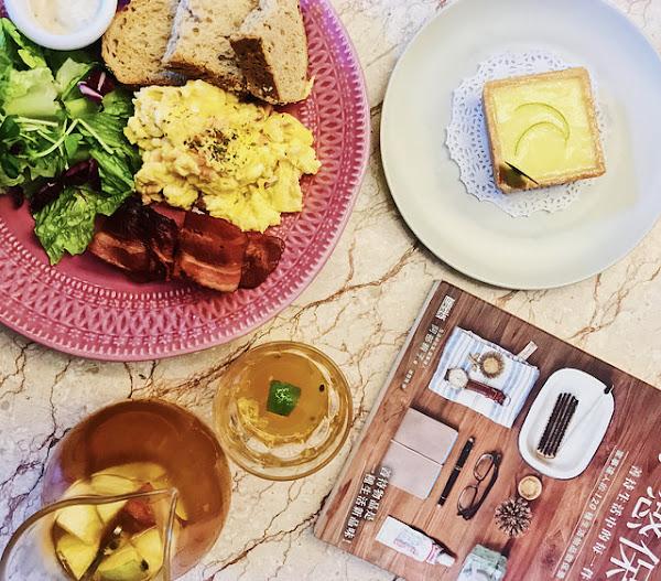 Moooon River Cafe & Books|挑高歐式歌劇院風格咖啡廳