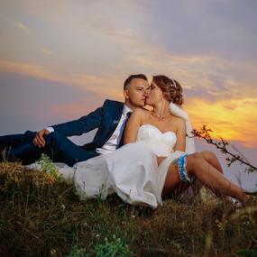 Bride and Groom by Vasiliu Leonard - Wedding Bride & Groom ( fotograf nunta iasi, wedding, bride, vasiliu leonard, groom, poze nunta,  )