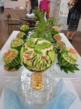 Photo: <フルーツ個人作品> スイカを1人1つずつ彫りあげ、9人で一緒に飾ります。