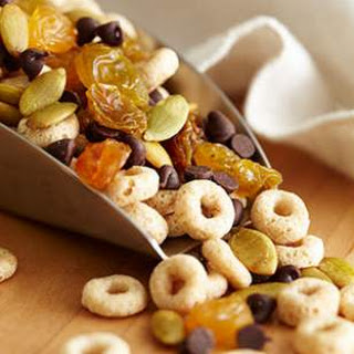 Crunchy Cereal Trail Mix