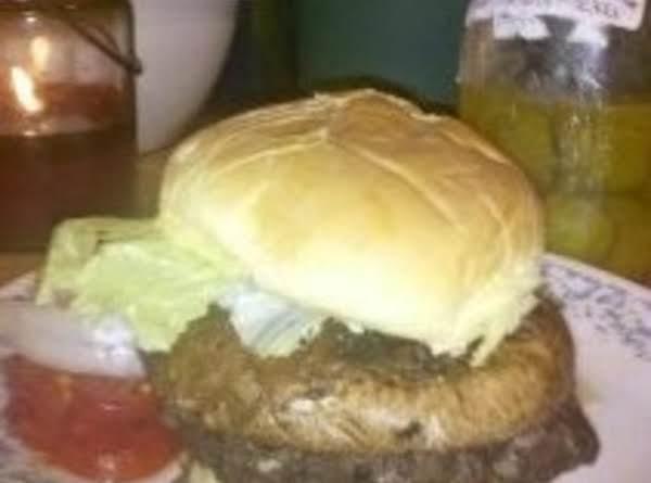 Deer Burger With Portabello Mushroom