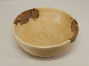 "Photo: Ellen Davis 2"" x 7"" bowl [maple]"