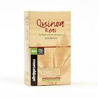 La Quinoa Real biologica della Bolivia è considerata la più pregiata fra tutte le 200 varietà che crescono sulle Ande. Il chicco è rotondo, dal sapore pieno e con sentori nocciolati. Per il suo profilo nutrizionale eccellente è un ottima alternativa ad altri cereali come il riso o il cous cous; te la consigliamo per arricchire le tue insalate o per creare delle gustose crocchette.