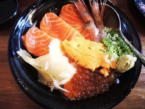 Hao すし生魚片、冷丼、握壽司專賣- 在地人推薦!  宜蘭市中心也能吃到新鮮又讓你滿足丼飯