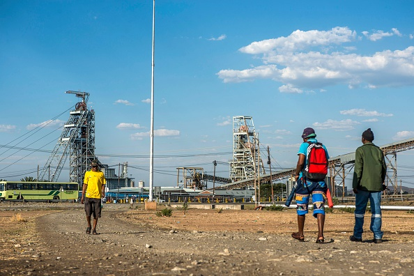 Residents of Madibeng district municipality in the North West to demand employment from seven platinum mines.