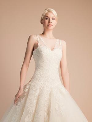 robe-de-mariee-ariane-robe-de-mariee-toute-en-dentelle-robe-de-mariage-dentelle-tres-elegante