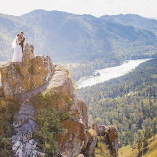 Wedding photographer Mikhail Reshetnikov (Mishania). Photo of 06.11.2017