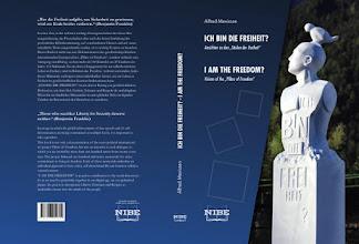 Photo: Buch zum Projekt Pillars of Freedom, Säulen der Freiheit von Alfred Mevissen und 100 Künstlern, mit dabei Mirko Siakkou-Flodin, mehr Info-> https://www.youtube.com/watch?v=EP0XN3aM8Ks&feature=youtu.be ,,,,,,,,,,,,,,,,, https://www.schwaebische.de/landkreis/landkreis-ravensburg/fronreute_artikel,-vier-skulpturen-f%C3%BCr-die-freiheit-_arid,10768330.html  ,,,,,,,Book on the project Pillars of Freedom, Pillars of Freedom by Alfred Mevissen and 100 artists, including Mirko Siakkou-Flodin