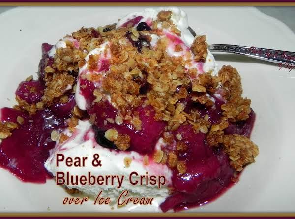 Pear Blueberry Crisp