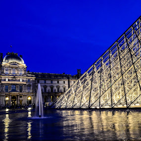 Perfect Night at the Louvre by Lori Louderback - Buildings & Architecture Public & Historical ( paris, louvre, night,  )