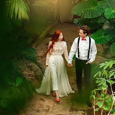 Wedding photographer Inessa Grushko (vanes). Photo of 01.03.2018