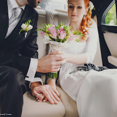 Wedding photographer Alena Mikhaleva (AlenaSova). Photo of 07.03.2014