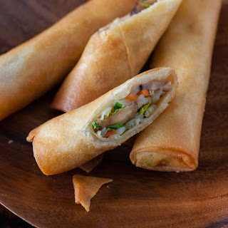 VEGETABLE SPRING ROLLS RECIPE (EGG ROLLS)