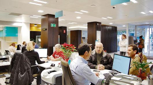 Almería tiene las mismas oficinas bancarias que tenía en 1985