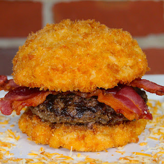 The Ultimate Mac-and-Cheese Burger