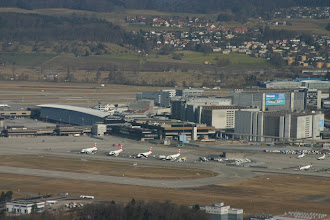 Photo: A bird view of Terminal B http://www.swiss-flight.net