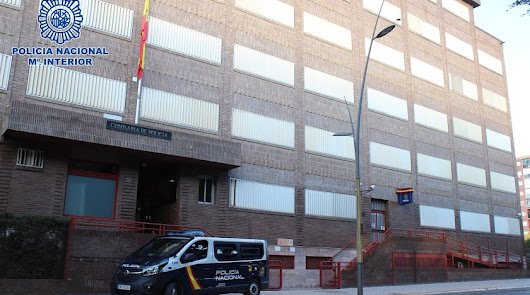 Detenido tras incendiar de madrugada la chabola de su expareja en La Goleta