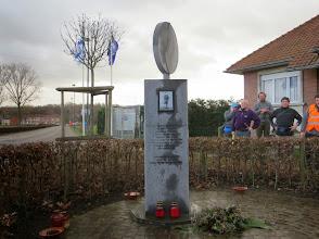 Photo: mémorial de Kitty Van Nieuwenhuysen assassinée en Décembre 2007 par 3 voyous qui venaient de commettre un vol avec violence