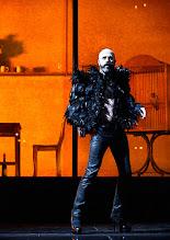 Photo: Wien/ Theater in der Josefstadt: FRÄULEIN JULIE von August Strindberg. Premiere 6.10.2015. Inszenierung: Anna Bergmann. Jan Plewa. Copyright: Barbara Zeininger