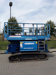 Picture of a HOLLAND LIFT XZ-65DXL22-TR