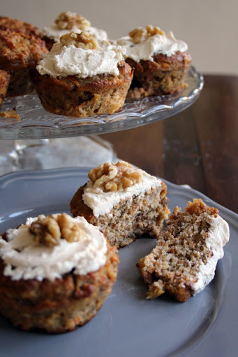 Low Carb No Sugar Carrot Cake Muffins